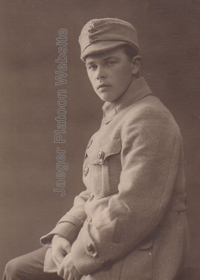1900d85f84a PICTURE  Period photo showing korpraali (corporal) of White Army or Finnish  Army in