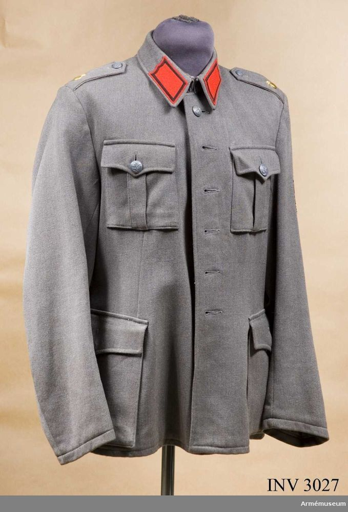 219f14f4c72 PICTURE: Finnish military tunic m/36. This particular tunic is very late  production (year 1963) and apparently unissued, but for all practical  purposes ...